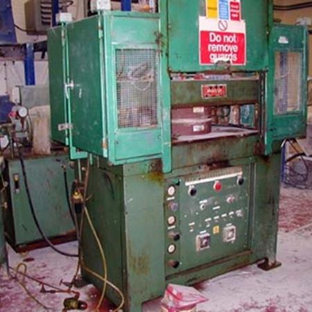RAM 90T press.