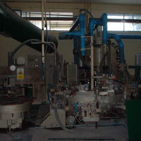 DORST Model PIT 500 isostatic dust press, 1983