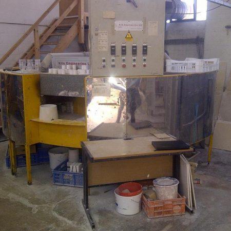 "One Kiln engineering circular decorating kiln, 10 ft diameter, max placing height 7"", max temp 700 oC"